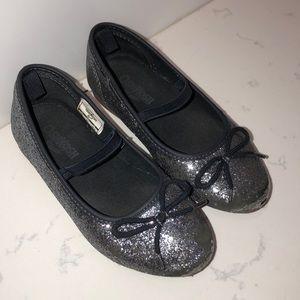 Oshkosh B'gosh girls glitter ballet flats size 10